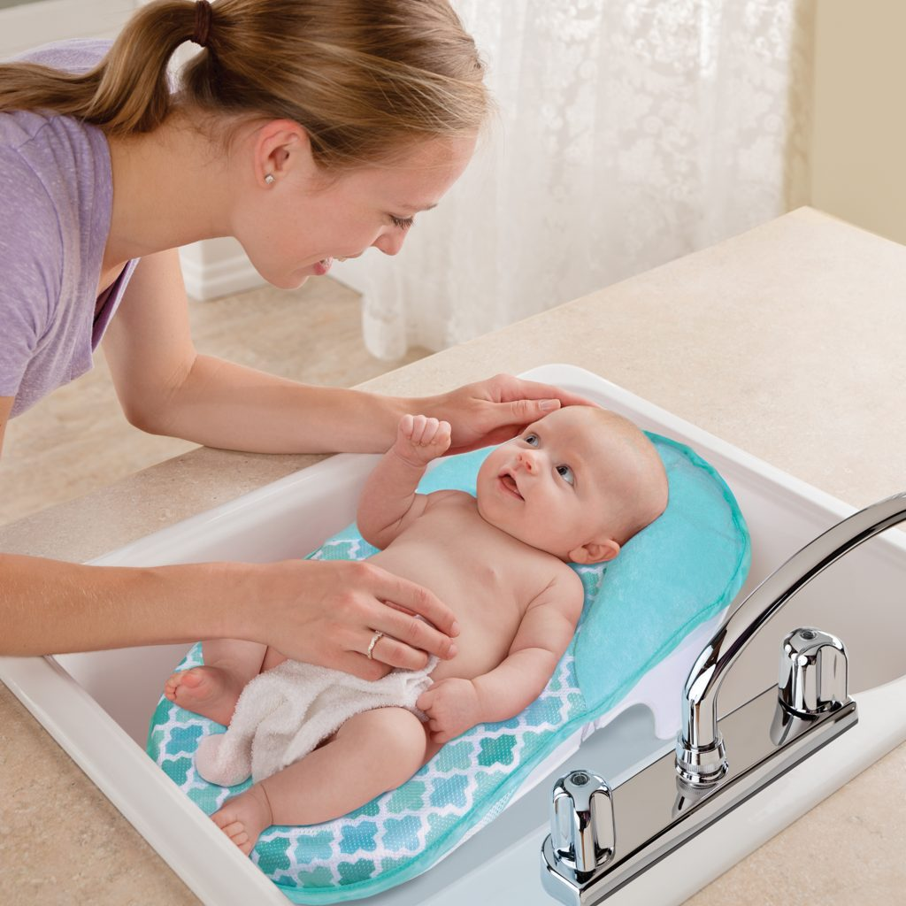 LIL\' LUXURIES WHIRLPOOL, BUBBLING SPA & SHOWER - Summer Infant ...