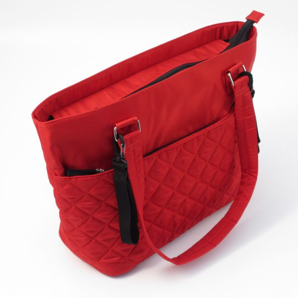 78586_Quilted Tote Bag Red_HiRes_Product